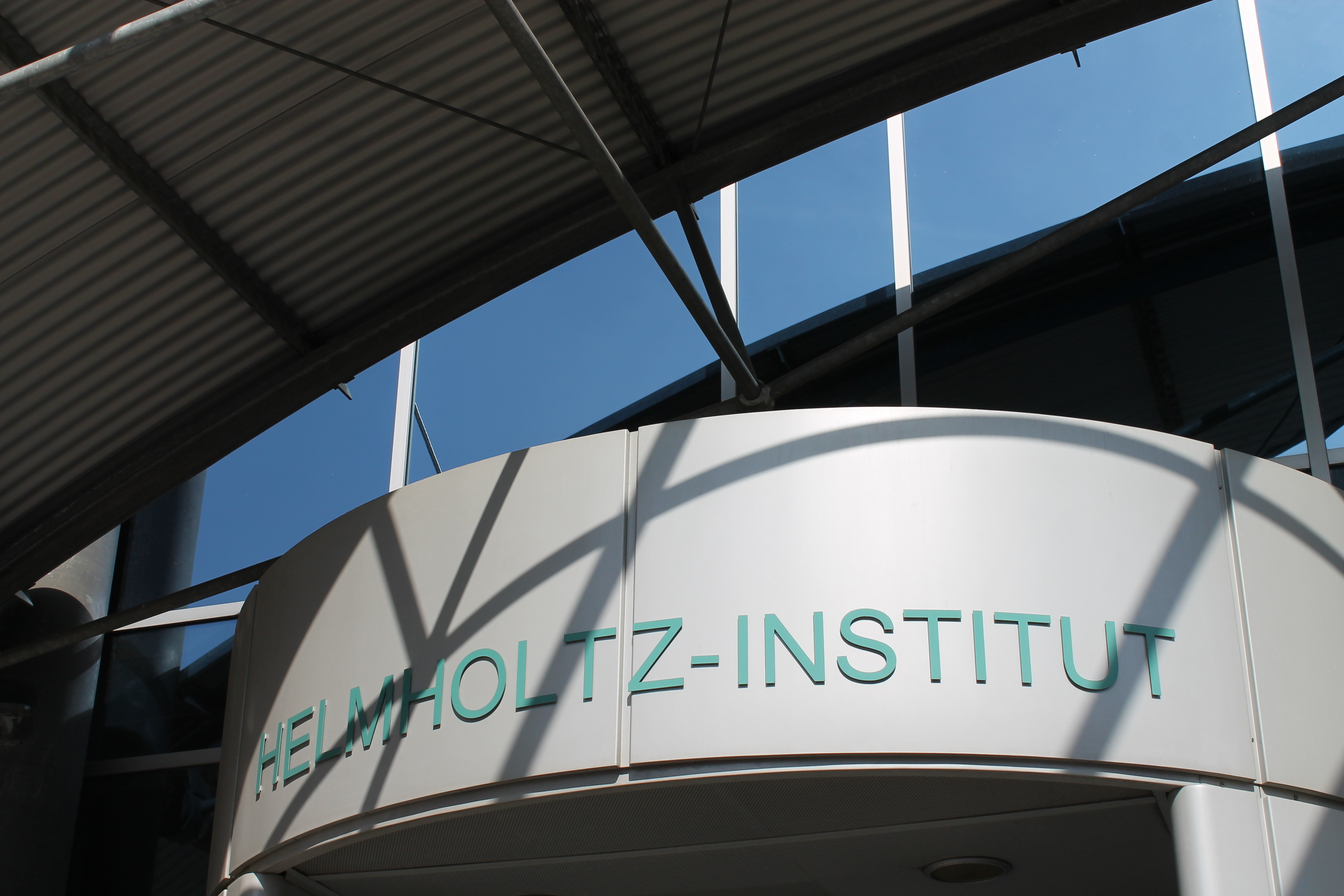 Helmholtz-Institute building